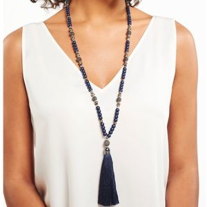 stella and dot trove tassel necklace navy